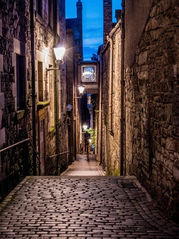 Alley in Edinburgh